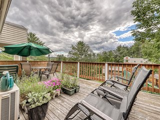 Centrally located condo w/ 2 decks & shared pool/hot tub - walk to everything!