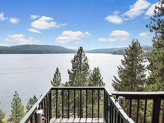 Lakefront home on Lake Coeur d'Alene w/ tram, dock, kayaks, SUPs & decks!