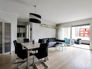 Elegant 110 sq.mt apartment near Parco Solari