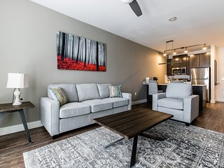 MW 4418 . Charming 1BR apartment- LegacyWest