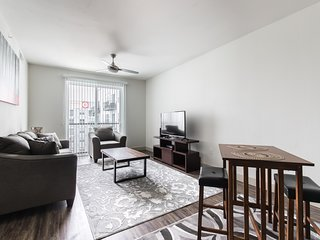 MW 4444 · Charming 1BR apartment- LegacyWest