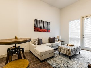 MW 4140 · Charming 1BR apartment- LegacyWest