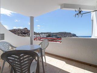 Flatguest Ocean Views - Pool + Terrace + WiFi