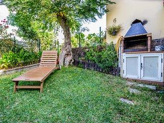 Flatguest Villa Martina - BBQ + Pool + Garden