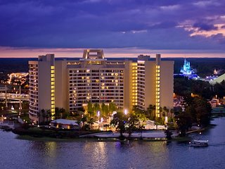 Bay Lake Tower Disney  12/27/19 to 1/2/2020 Mixture of Rooms