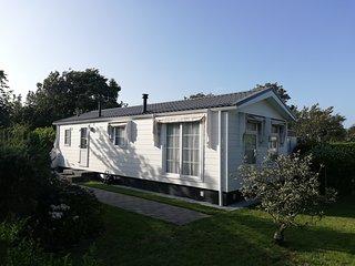 Luxus Chalet, Haus Strandglück in Nordholland am Meer, 5 *Ferienpark mit Pool