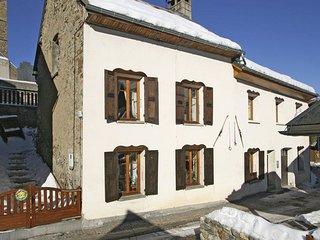 Maison de Ville Rustique dans les Montagnes + Local a Ski | 500m du Telesiege