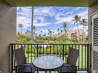 Free-&-Easy Suite w/Tile Floors, Lanai, A.C, W/D, Full Kitchen, Murphy bed