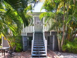 Tropical Key West studio w/ shared pool - near beaches & Duval St.