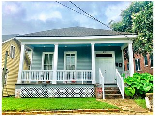 ☆Full Vintage Downtown Home|2Bed1Bath|LSU|Wifi|WasherDryer