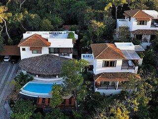 Solana hillside villa with stunning bay views
