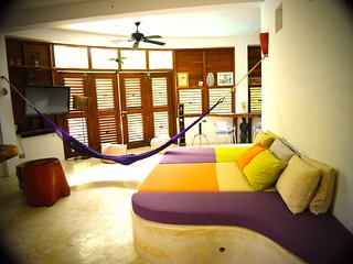 ROMANTIC CONDO EK BALAM IN TULUM: 1 BEDROOM, WITH POOL AND HUGE TROPICAL GARDEN