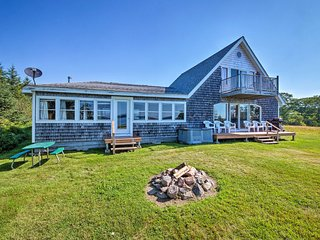 Shorefront House w/Views, 14 Mi to Acadia NP!