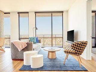 Sonder | Shift Apartments | Spacious 2BR + Balcony