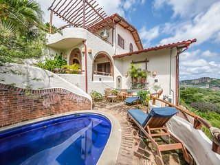 Spacious Family-Friendly Villa, Private Pool & Concierge