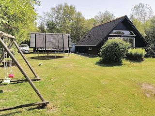 Awesome home in Spøttrup w/ WiFi and 3 Bedrooms (B51039)