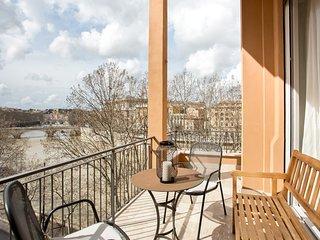 TIBER VIEW: elegant  with terrace next to Navona