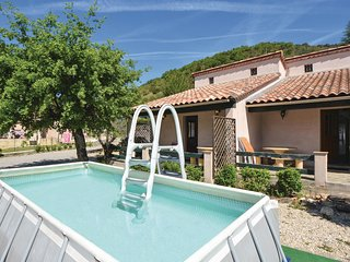 Nice home in Revety-Bessèges w/ WiFi, 3 Bedrooms and Outdoor swimming pool (FLG