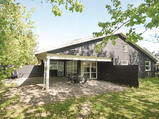 Beautiful home in Vaeggerlose w/ Sauna, WiFi and 4 Bedrooms (K13626)
