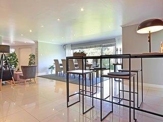 The GreyHouse Hout Bay >>> Ferienhaus in Strandnähe für bis zu 4 Gäste <<<