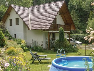 Awesome home in Nove Mesto n/Metuji w/ 2 Bedrooms and Outdoor swimming pool (TBO