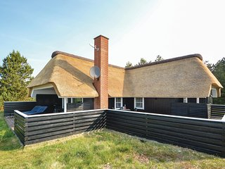 Stunning home in Rømø w/ Sauna, WiFi and 3 Bedrooms (R10276)