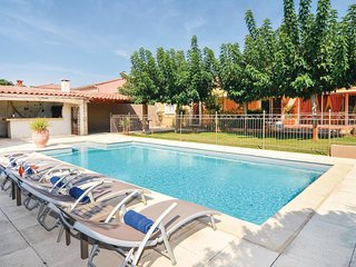 Stunning home in Fourques w/ WiFi and 4 Bedrooms (FLG366)