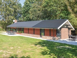 Amazing home in Hemmet w/ WiFi and 2 Bedrooms (P52013)