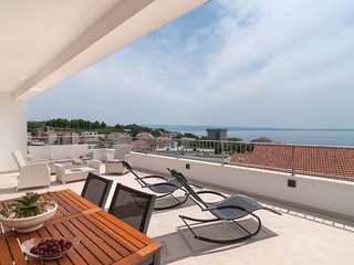 Stunning home in Podstrana w/ WiFi and 1 Bedrooms