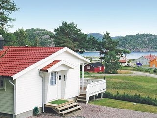 Amazing home in Lindesnes w/ 2 Bedrooms