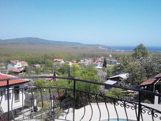 Beautiful home in Primorsko w/ WiFi, Outdoor swimming pool and 3 Bedrooms