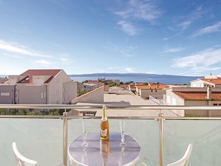 Awesome home in Baska Voda with WiFi and 2 Bedrooms (CDF892)