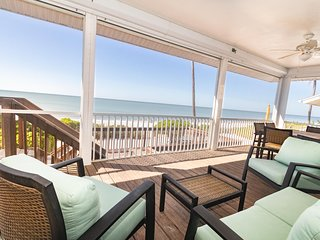 Beachfront Vacation Family Getaway | Sleeps 10