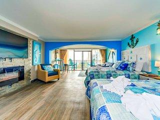 Corner Oceanfront Studio Suite~Caravelle 610