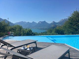 Location saisonnière avec piscine à Talloires