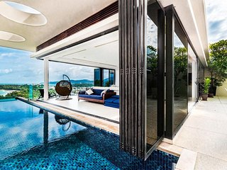 The Heights, Stunning Panoramic Ocean Views, Private Pool, Private Bar, Sleeps 8