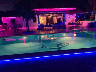 VILLA 5 double bedrooms 3 bathroom pool 10x5m