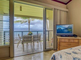 Direct Oceanfront - upgraded Napili Shores I -273 with a/c and king sized bed