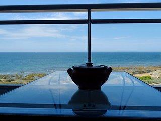 Magnifique  T2 avec WiFi en front de mer sur la corniche de Sion