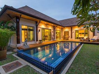 Luxury boutique Pool Villa, tastefully decorated