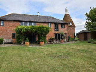 76428 Cottage situated in Smarden (1.5mls W)