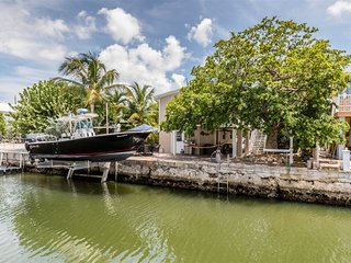 Reel Angler 3bed/3bath updated with dockage