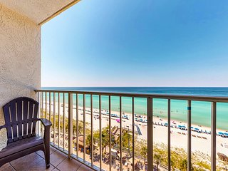 Beachfront condo in a gated resort w/ shared pools, hot tub, & ocean views