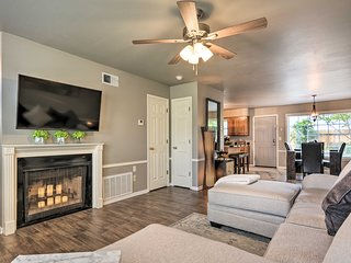 Fayetteville Home w/Patio, 3.5 Mi to Downtown