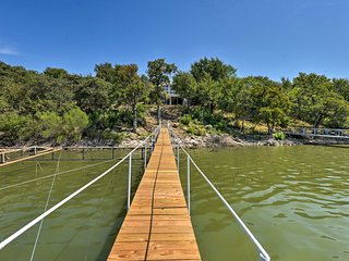 Family Home w/ Boat Dock on Brownwood Lake!
