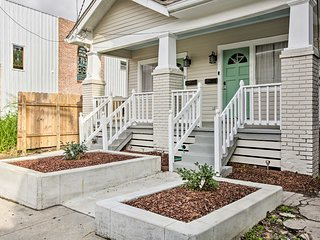 NEW! Eclectic New Orleans Home~3 Mi to Bourbon St!