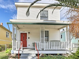 NEW! Cottage in Historic Galveston, Walk to Beach!