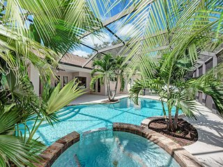 Dream vacation home with pool/jacuzzi/wifi - 10 min away from Anna Maria beach