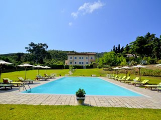 San Salvatore Telesino Villa Sleeps 4 with Pool Air Con and WiFi - 5312358