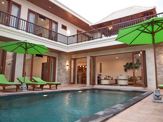 Pineapple Villa Central Sanur